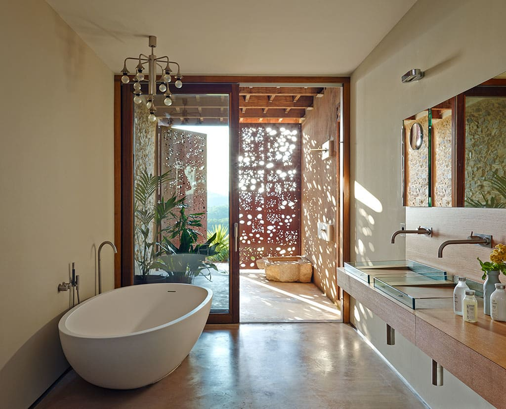 Villa CP corten steel screen in luxury master bathroom