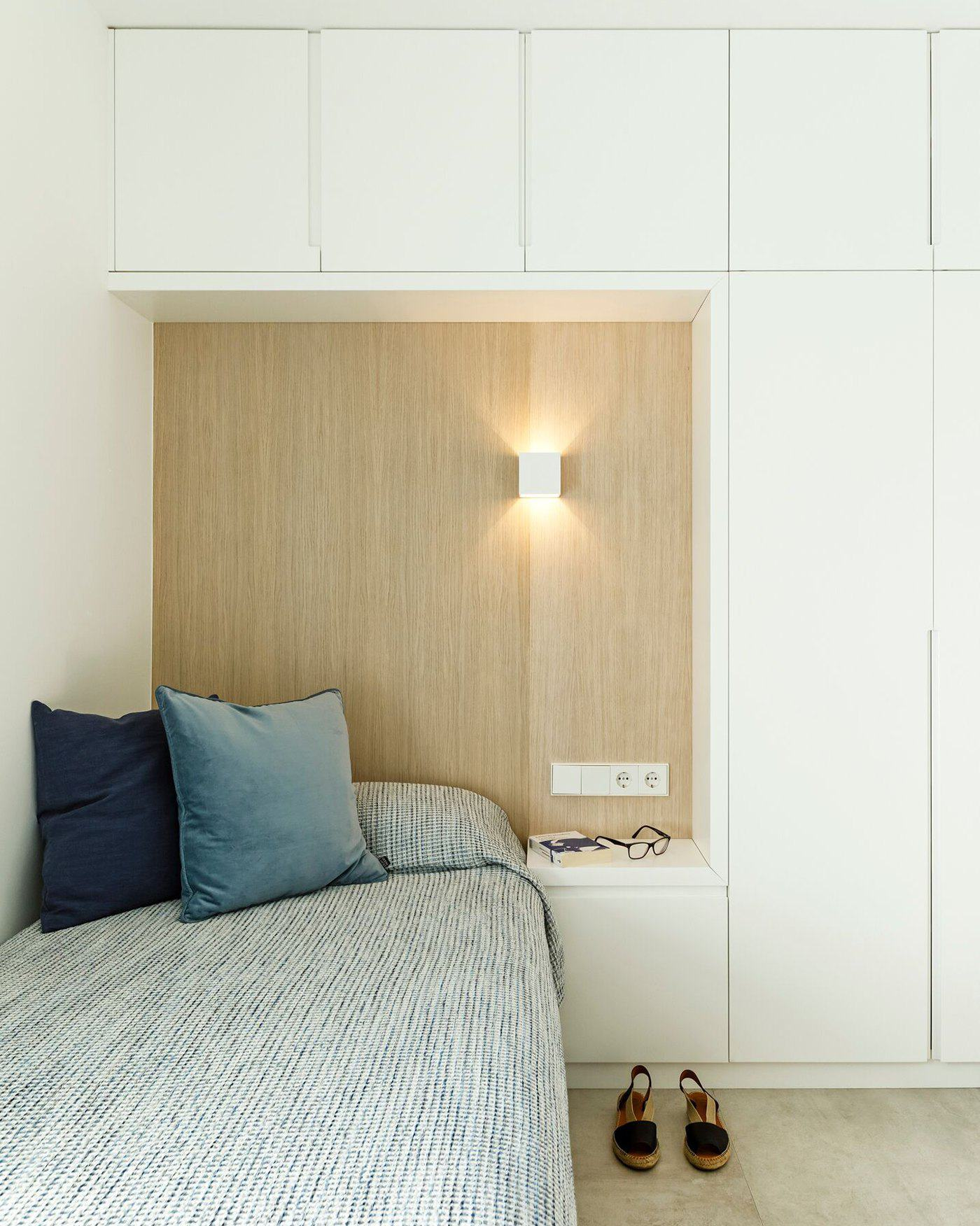 La Escala bedroom with built in cupboards